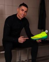 【イタすぎるセレブ達】クリスティアーノ・ロナウド、生涯収入1000億円超を達成した初のサッカー選手に