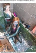 【海外発!Breaking News】風呂場で子供達を遊ばせた母親「完璧なアイディア」のはずがバスタブが真緑に(英)