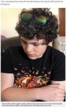 【海外発!Breaking News】直毛だった少年、9日間の昏睡状態から目覚めた後はカーリーヘアに!(英)