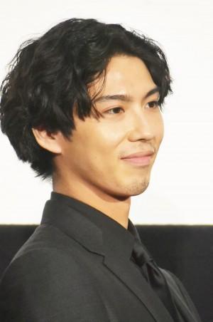 【エンタがビタミン♪】賀来賢人、31歳誕生日に「嫁命」をアピール 「榮倉さん幸せ者」とファン反応