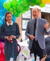 """【イタすぎるセレブ達】ウィリアム王子、キャサリン妃に贈った""""史上最悪のプレゼント""""を明かす"""