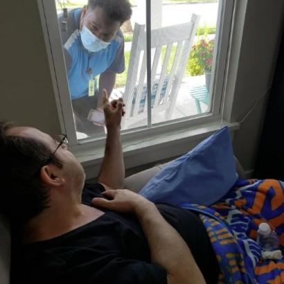 【海外発!Breaking News】「あなたはきっと大丈夫」アマゾン配達員からの思いやりにがん患者が感極まる(米)