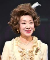 【エンタがビタミン♪】三田佳子78歳「すぐ死ぬんだから」には全く見えない 撮影現場の姿が元気すぎる!