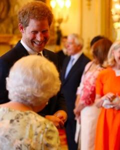 バッキンガム宮殿が公開した写真にも、メーガン妃の姿はなく…(画像は『The Royal Family 2020年9月15日付Instagram「Wishing The Duke of Sussex a very happy birthday!」』のスクリーンショット)