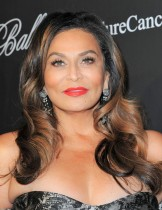 【イタすぎるセレブ達】ビヨンセの名は母親の旧姓だった 「Beyoncé」綴りの背景には役所の人種差別も