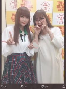 中川翔子と母・中川桂子さん(画像は『中川桂子 2020年9月17日付Twitter「連日の夜散歩」』のスクリーンショット)