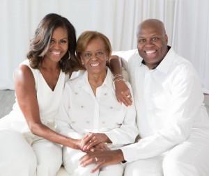 """【イタすぎるセレブ達】ミシェル・オバマ夫人の兄、10歳で経験した警察による人種差別を語る「人生初の""""レイシャル・プロファイリング""""だった」"""