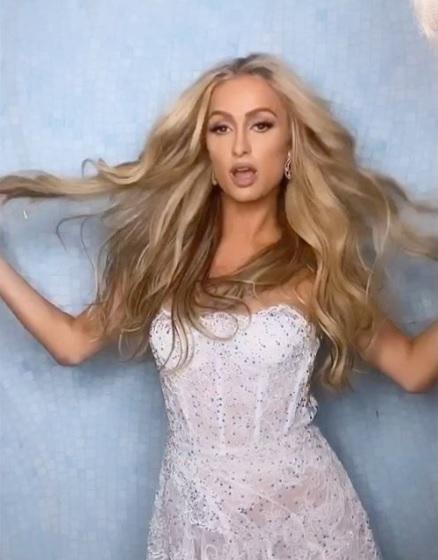 女の子はあの都市の名前に…と明かしたパリス(画像は『Paris Hilton 2020年9月2日付Instagram「I miss making music!!!」』のスクリーンショット)