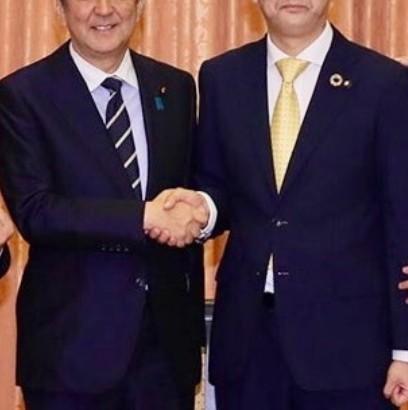 【エンタがビタミン♪】安倍前首相のモノマネ芸人、今後に不安も菅首相の顔マネ着手「似てます」「生き残りへの執念」の声