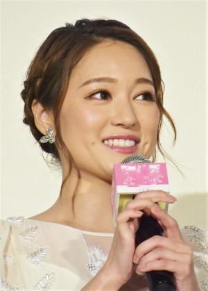 【エンタがビタミン♪】chay、挙式キスショット公開 新婚・山本美月「ドラマみたい!!」と祝福