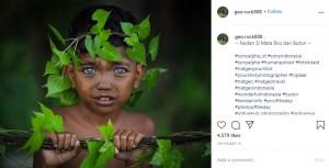 【海外発!Breaking News】遺伝子疾患により鮮やかな青い瞳を持つインドネシアの部族