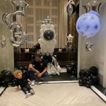【イタすぎるセレブ達】ドレイクの愛息が3歳に 誕生日は家族も貴重なショットを続々公開