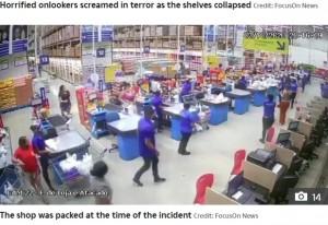 【海外発!Breaking News】まるでドミノ 倉庫型スーパーの棚が一気に崩壊、従業員が死亡(ブラジル)<動画あり>