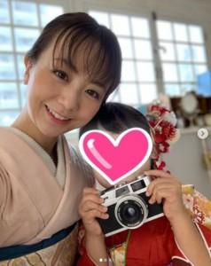 娘の七五三で福田萌(画像は『福田萌 2020年11月1日付Instagram「娘の七五三。」』のスクリーンショット)