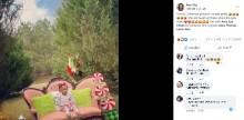 クリスマスフォトの撮影で娘が絶叫 ドッキリを仕掛けた母親に「可哀そう」と批判の声も(米)<動画あり>