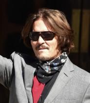【イタすぎるセレブ達】ジョニー・デップに『ファンタビ』復帰を求める声 17万人以上の署名が集まり「ジョニーなしのファンタビは観たくない」