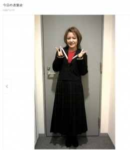 11年前にもセーラー服姿を披露した中澤裕子(画像は『中澤裕子 2009年12月16日付オフィシャルブログ「今日の衣装☆」』のスクリーンショット)