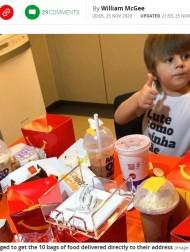 【海外発!Breaking News】母親のスマホで勝手に注文 大量のマクドナルド商品にご満悦の3歳児(ブラジル)