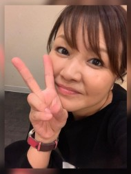 【エンタがビタミン♪】中澤裕子、47歳でのセーラー服姿に照れる 福岡での活躍ぶりに「理想的な生き方」と羨む声も