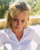 ブリトニー・スピアーズ、39歳誕生日前日に恋人との2ショット公開も「大丈夫?」の声