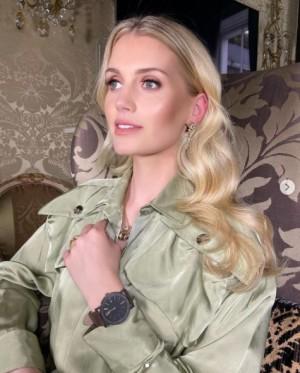 【イタすぎるセレブ達】故ダイアナ妃の姪キティ・スペンサーが30歳に 幼少期がシャーロット王女にそっくりと評判