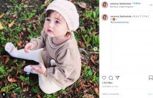 幼い頃からおしゃれだったソレナちゃん(画像は『Sorenna Dreni 2018年9月10日付Instagram「B A U T Y F A C E」』のスクリーンショット)