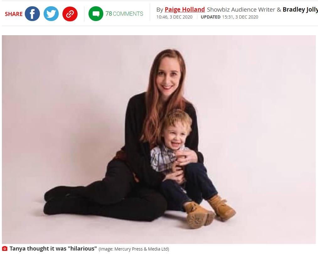 息子のためにエルフの飾り付けを毎年考えている母親(画像は『Mirror 2020年12月4日付「Mum leaves son, 5, in tears after 'cruel' Elf on the Shelf prank backfires」(Image: Mercury Press & Media Ltd)』のスクリーンショット)