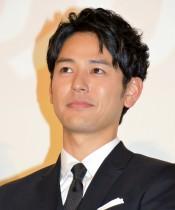 【エンタがビタミン♪】妻夫木聡、兄のケーキを頬張る幼い頃の思い出写真 ドラマ最終回と重なった40歳誕生日に公開