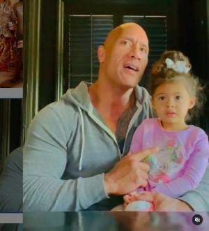 【イタすぎるセレブ達】ドウェイン・ジョンソン、2歳愛娘の反抗ぶりに優しく諭すパパ 動画再生回数2200万回超に