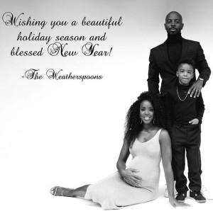 クリスマスカードでは、幸せいっぱいの家族写真を披露(画像は『Kelly Rowland 2020年12月24日付Instagram「Sending you all love, peace, and safety This holiday season!」』のスクリーンショット)