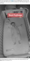 ベビーベッドに置いた毛布で赤ちゃん窒息寸前 実際の動画で注意喚起