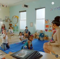 """【イタすぎるセレブ達】カーディ・B、保育園児に生物の""""排泄の仕組み""""について授業を行う"""