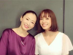松雪泰子とソニン(画像は『松雪泰子 2020年12月19日付Instagram「そして春になった 新潟にて無事に閉幕」』のスクリーンショット)