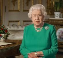 【イタすぎるセレブ達】エリザベス女王、2020年を振り返る写真を添えて新年のメッセージ公開