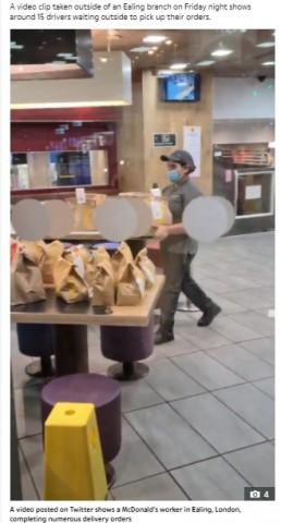 【海外発!Breaking News】15人の配達員に1人で対応 マクドナルド店員が涙目で働く姿に同情の声(英)<動画あり>