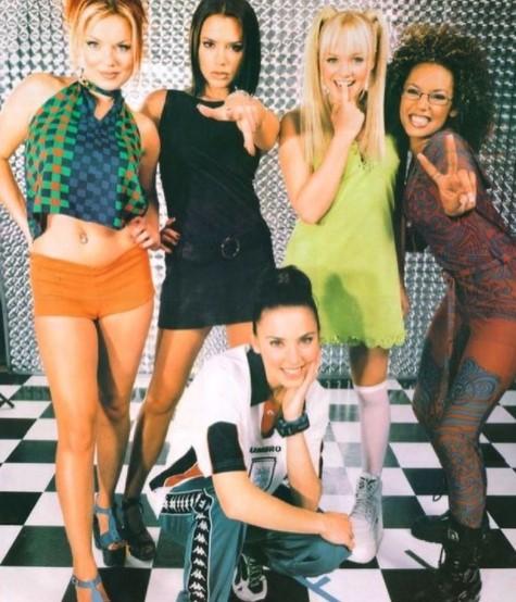 90年代にガールズパワー旋風を巻き起こした「スパイス・ガールズ」(画像は『Spice Girls 2020年10月29日付Instagram「90s Vibes with this」』のスクリーンショット)