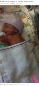 歯科医院で生まれ、病院に搬送されたハーマン君(画像は『7NEWS.com.au 2021年2月19日付「Surprise baby as mum with no idea she's pregnant gives birth in dentist's chair」(Credit: @jessica.aaldering/Newsflash/Australscope)』のスクリーンショット)