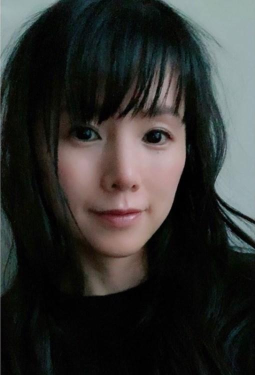 『カンパニー~逆転のスワン~』でキャストを務める小西真奈美(画像は『小西真奈美 manami konishi 2021年2月7日付Instagram「もっしゃもしゃになって風に吹かれながら撮影してたなぁ。」』のスクリーンショット)