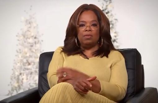 名司会者オプラ・ウィンフリー(画像は『Oprah 2020年11月10日付Instagram「'Tis the season for Faaaaaavorite Things 2020!」』のスクリーンショット)