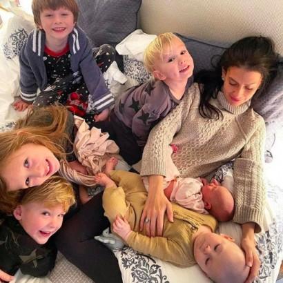 【イタすぎるセレブ達】アレック・ボールドウィン夫妻に第6子! 四男誕生から半年未満のタイミングで