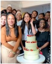 【イタすぎるセレブ達】メーガン妃、チャリティ団体に手作りのケーキを差し入れ