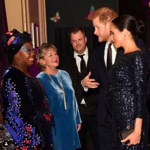 夫に自殺願望を打ち明けた後、公務に出席したメーガン妃(画像は『Duke and Duchess of Cambridge 2019年1月16日付Instagram「This evening The Duke and Duchess of Sussex attended the premiere of @Cirquedusoleil's Totem」』のスクリーンショット)