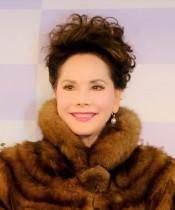 【エンタがビタミン♪】デヴィ夫人「何事にも順応するのが私」人生初のモデル歩きで魅せる