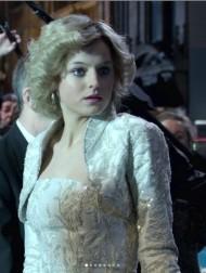 【イタすぎるセレブ達】ダイアナ妃を演じた女優、ゴールデングローブ賞受賞スピーチでヘンリー王子に感謝「ドラマを楽しんでくれて嬉しい」