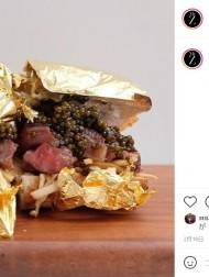 【海外発!Breaking News】具はキャビアや和牛 パンは金箔で覆った1個3万7千円のサンドイッチに賛否(英)