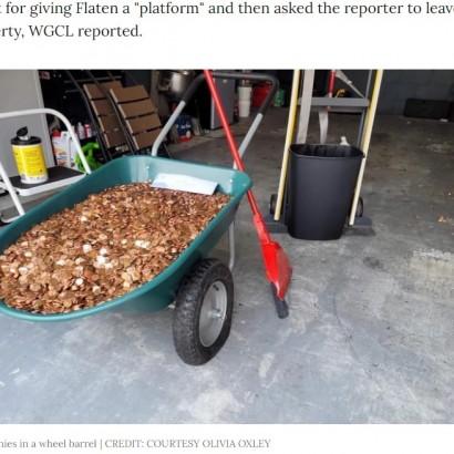 【海外発!Breaking News】未払いの給料10万円を油まみれの硬貨で支払った最低なオーナー(米)<動画あり>