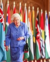 【イタすぎるセレブ達】エリザベス女王、ウィリアム王子の意見を支持「王室は人種差別主義ではない」