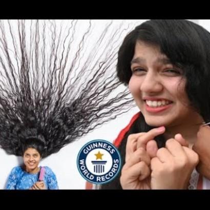 【海外発!Breaking News】ラプンツェルから白雪姫へ「世界一髪の長い10代」12年ぶりに2mの髪を切る(印)<動画あり>