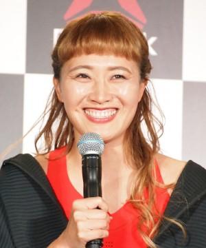 【エンタがビタミン♪】井森美幸が「変わらなすぎ」 丸山桂里奈には「正統派美人だったんだね」 10年前の2ショットに驚きの声