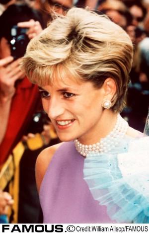 【イタすぎるセレブ達】故ダイアナ妃、生誕60周年に先駆け英ファッション誌の表紙を飾る